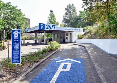 P24/7 Parkhaus - Einfahrt
